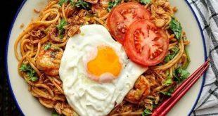 Yuk-Bikin-Mie-Goreng-Rasa-Restoran-Mewah