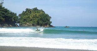 Pantai-Lenggoksono-Malang